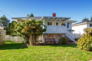 Photo 37: 3213 Carman St in : SE Camosun House for sale (Saanich East)  : MLS®# 859445