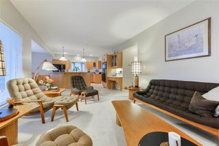 Photo 16: 940 WALLBRIDGE Place in Edmonton: Zone 22 House for sale : MLS®# E4220495