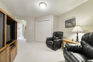 Photo 27: 940 WALLBRIDGE Place in Edmonton: Zone 22 House for sale : MLS®# E4220495