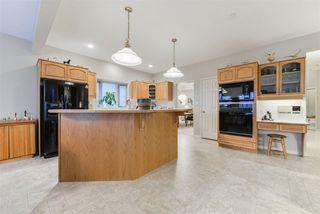Photo 10: 940 WALLBRIDGE Place in Edmonton: Zone 22 House for sale : MLS®# E4220495