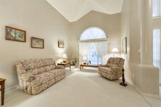 Photo 4: 940 WALLBRIDGE Place in Edmonton: Zone 22 House for sale : MLS®# E4220495