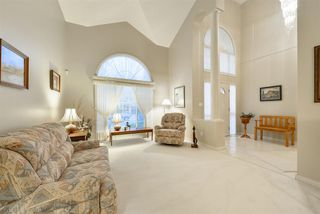 Photo 5: 940 WALLBRIDGE Place in Edmonton: Zone 22 House for sale : MLS®# E4220495
