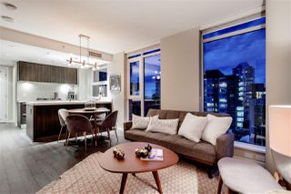 "Photo 12: 1002 1351 CONTINENTAL Street in Vancouver: Downtown VW Condo for sale in ""MADDOX"" (Vancouver West)  : MLS®# R2419971"