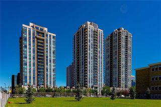 Photo 2: 1807 1118 12 Avenue SW in Calgary: Beltline Apartment for sale : MLS®# C4288279