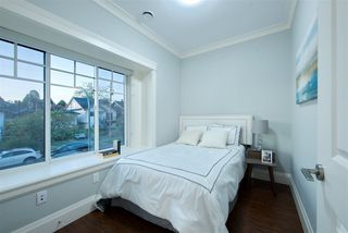 Photo 21: 244 E 62ND Avenue in Vancouver: South Vancouver House for sale (Vancouver East)  : MLS®# R2458977