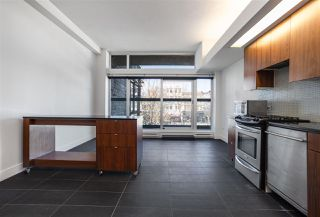 """Photo 2: 301 33 W PENDER Street in Vancouver: Downtown VW Condo for sale in """"9 Level"""" (Vancouver West)  : MLS®# R2459926"""