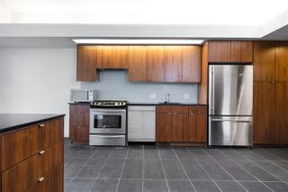 """Photo 4: 301 33 W PENDER Street in Vancouver: Downtown VW Condo for sale in """"9 Level"""" (Vancouver West)  : MLS®# R2459926"""