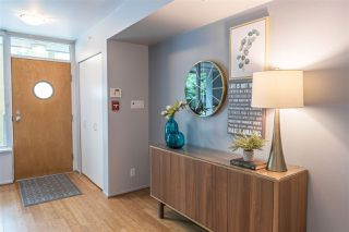 "Photo 2: 1428 W HASTINGS Street in Vancouver: Coal Harbour Townhouse for sale in ""DOCKSIDE"" (Vancouver West)  : MLS®# R2464469"