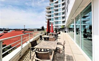 """Photo 5: 507 138 E ESPLANADE in North Vancouver: Lower Lonsdale Condo for sale in """"PREMIER AT THE PIER"""" : MLS®# R2466712"""