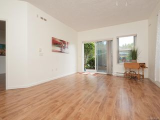 Photo 3: 103 1485 Garnet Rd in Saanich: SE Cedar Hill Condo for sale (Saanich East)  : MLS®# 839181