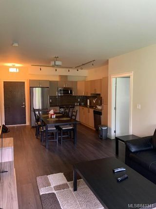 Photo 14: 207 1900 Watkiss Way in View Royal: VR Hospital Condo Apartment for sale : MLS®# 841341