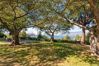 """Photo 18: 304 222 N TEMPLETON Drive in Vancouver: Hastings Condo for sale in """"Cambridge Court"""" (Vancouver East)  : MLS®# R2496274"""