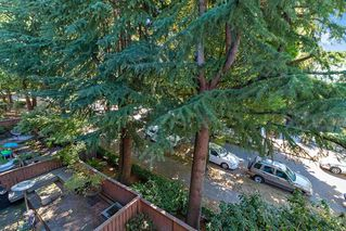 """Photo 15: 304 222 N TEMPLETON Drive in Vancouver: Hastings Condo for sale in """"Cambridge Court"""" (Vancouver East)  : MLS®# R2496274"""