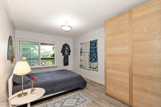 """Photo 11: 304 222 N TEMPLETON Drive in Vancouver: Hastings Condo for sale in """"Cambridge Court"""" (Vancouver East)  : MLS®# R2496274"""