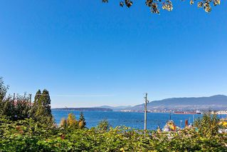 """Photo 19: 304 222 N TEMPLETON Drive in Vancouver: Hastings Condo for sale in """"Cambridge Court"""" (Vancouver East)  : MLS®# R2496274"""