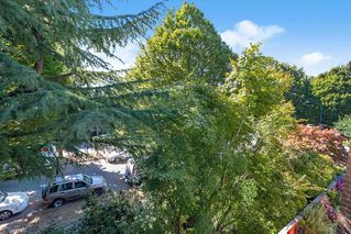 """Photo 16: 304 222 N TEMPLETON Drive in Vancouver: Hastings Condo for sale in """"Cambridge Court"""" (Vancouver East)  : MLS®# R2496274"""