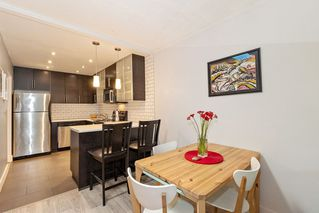 """Photo 7: 304 222 N TEMPLETON Drive in Vancouver: Hastings Condo for sale in """"Cambridge Court"""" (Vancouver East)  : MLS®# R2496274"""