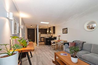 """Photo 5: 304 222 N TEMPLETON Drive in Vancouver: Hastings Condo for sale in """"Cambridge Court"""" (Vancouver East)  : MLS®# R2496274"""