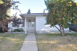 Main Photo: 235 PENBROOKE Close SE in Calgary: Penbrooke Meadows Detached for sale : MLS®# A1029576