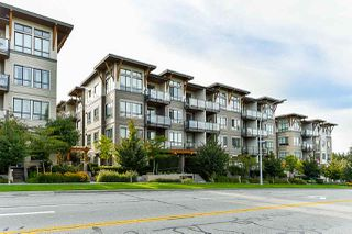 """Photo 2: 413 10477 154 Street in Surrey: Guildford Condo for sale in """"G3 RESIDENCES"""" (North Surrey)  : MLS®# R2498903"""