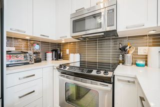 """Photo 6: 413 10477 154 Street in Surrey: Guildford Condo for sale in """"G3 RESIDENCES"""" (North Surrey)  : MLS®# R2498903"""