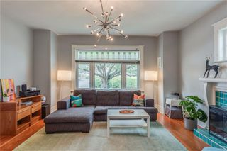 Photo 6: 319 Vancouver St in : Vi Fairfield West House for sale (Victoria)  : MLS®# 855892