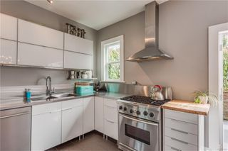 Photo 15: 319 Vancouver St in : Vi Fairfield West House for sale (Victoria)  : MLS®# 855892