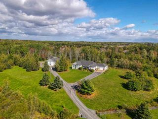Photo 1: 3170 Highway 376 Highway in Pictou: 107-Trenton,Westville,Pictou Residential for sale (Northern Region)  : MLS®# 202021346