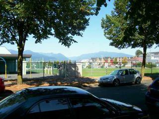 "Photo 7: 430 E 8TH Ave in Vancouver: Mount Pleasant VE Condo for sale in ""VANCOUVER MANOR"" (Vancouver East)  : MLS®# V618376"