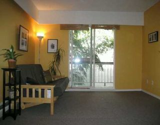 "Photo 2: 430 E 8TH Ave in Vancouver: Mount Pleasant VE Condo for sale in ""VANCOUVER MANOR"" (Vancouver East)  : MLS®# V618376"