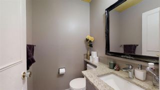 Photo 4: 924 LAKEWOOD Road N in Edmonton: Zone 29 Townhouse for sale : MLS®# E4186515