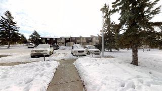 Photo 24: 924 LAKEWOOD Road N in Edmonton: Zone 29 Townhouse for sale : MLS®# E4186515