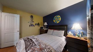 Photo 16: 924 LAKEWOOD Road N in Edmonton: Zone 29 Townhouse for sale : MLS®# E4186515