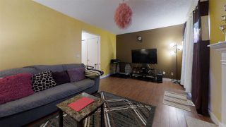 Photo 12: 924 LAKEWOOD Road N in Edmonton: Zone 29 Townhouse for sale : MLS®# E4186515