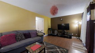 Photo 7: 924 LAKEWOOD Road N in Edmonton: Zone 29 Townhouse for sale : MLS®# E4186515