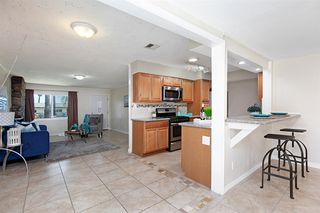 Photo 10: ENCANTO House for sale : 4 bedrooms : 452 Billow Dr in San Diego