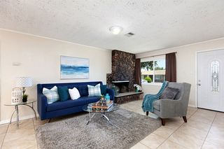 Photo 5: ENCANTO House for sale : 4 bedrooms : 452 Billow Dr in San Diego