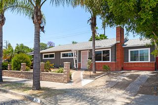 Photo 2: ENCANTO House for sale : 4 bedrooms : 452 Billow Dr in San Diego