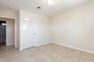 Photo 17: ENCANTO House for sale : 4 bedrooms : 452 Billow Dr in San Diego