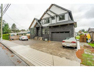 Main Photo: 32147 PEARDONVILLE Road in Abbotsford: Abbotsford West House for sale : MLS®# R2471745