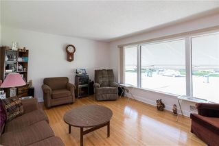Photo 3: 81 Crowson Bay in Winnipeg: East Fort Garry Residential for sale (1J)  : MLS®# 202022486