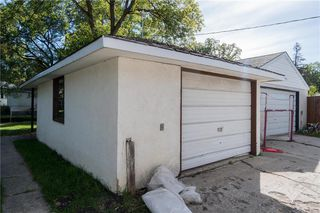 Photo 24: 81 Crowson Bay in Winnipeg: East Fort Garry Residential for sale (1J)  : MLS®# 202022486