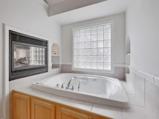 Photo 32: 2112 6 Avenue NW in Calgary: West Hillhurst Detached for sale : MLS®# A1031004