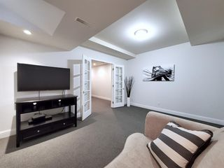 Photo 35: 2112 6 Avenue NW in Calgary: West Hillhurst Detached for sale : MLS®# A1031004