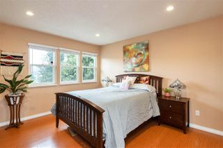 "Photo 14: 1878 MARY HILL Road in Port Coquitlam: Mary Hill House for sale in ""MARY HILL"" : MLS®# R2495822"