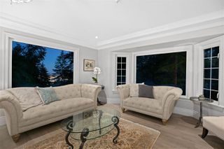Photo 3: 4676 PROSPECT Road in North Vancouver: Upper Delbrook House for sale : MLS®# R2495934