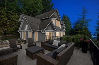 Photo 1: 4676 PROSPECT Road in North Vancouver: Upper Delbrook House for sale : MLS®# R2495934