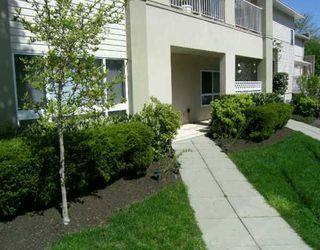 "Photo 2: 22230 NORTH Ave in Maple Ridge: West Central Condo for sale in ""SOUTHRIDGE TERRACE"" : MLS®# V587346"