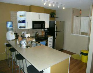 "Photo 6: 22230 NORTH Ave in Maple Ridge: West Central Condo for sale in ""SOUTHRIDGE TERRACE"" : MLS®# V587346"