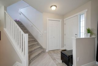 Photo 6: 525 Hunters Green NW in Edmonton: Zone 14 House for sale : MLS®# E4167779